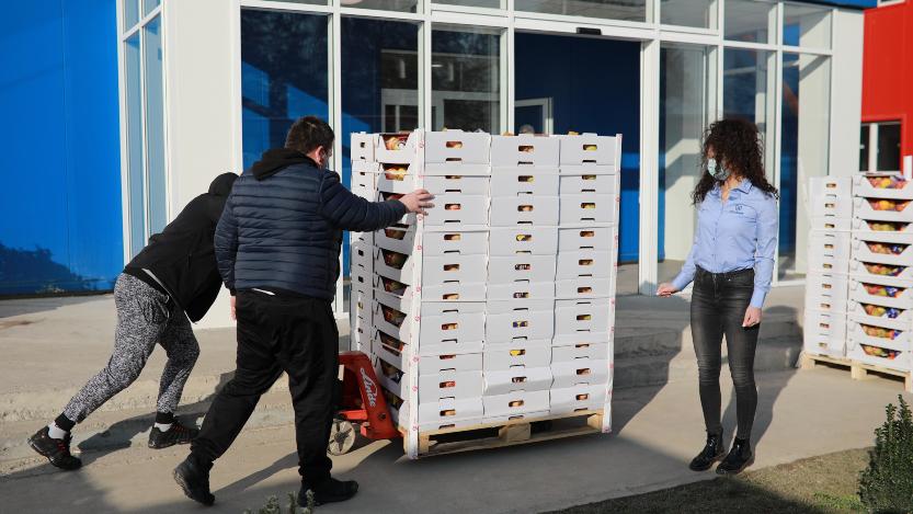 Mozzart podržao lekare u Batajnici donacijom vitaminskih paketa 3