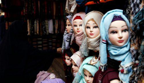 Ustavni sud: Zabrana devojčicama da nose hidžab u Austriji diskriminatorska 12