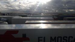Kolona sa više od 5.000 kamiona zaustavljena kod engleskog aerodroma Manston (FOTO/VIDEO) 7