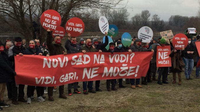 """Održan još jedan skup protiv """"Novog Sada na vodi"""" - """"Vidi, gari, opasulji se!"""" (VIDEO, FOTO) 3"""