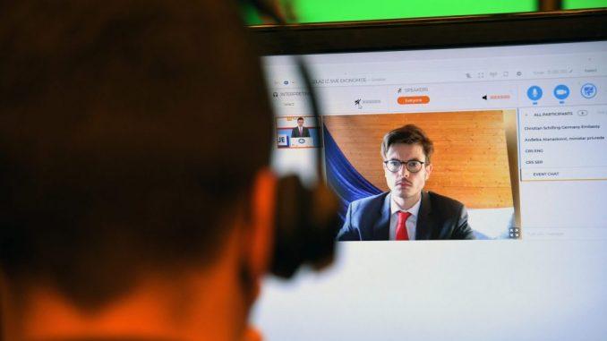 "Digitalizacija – ""x faktor"" za manje sive ekonomije do 2022. (VIDEO) 27"
