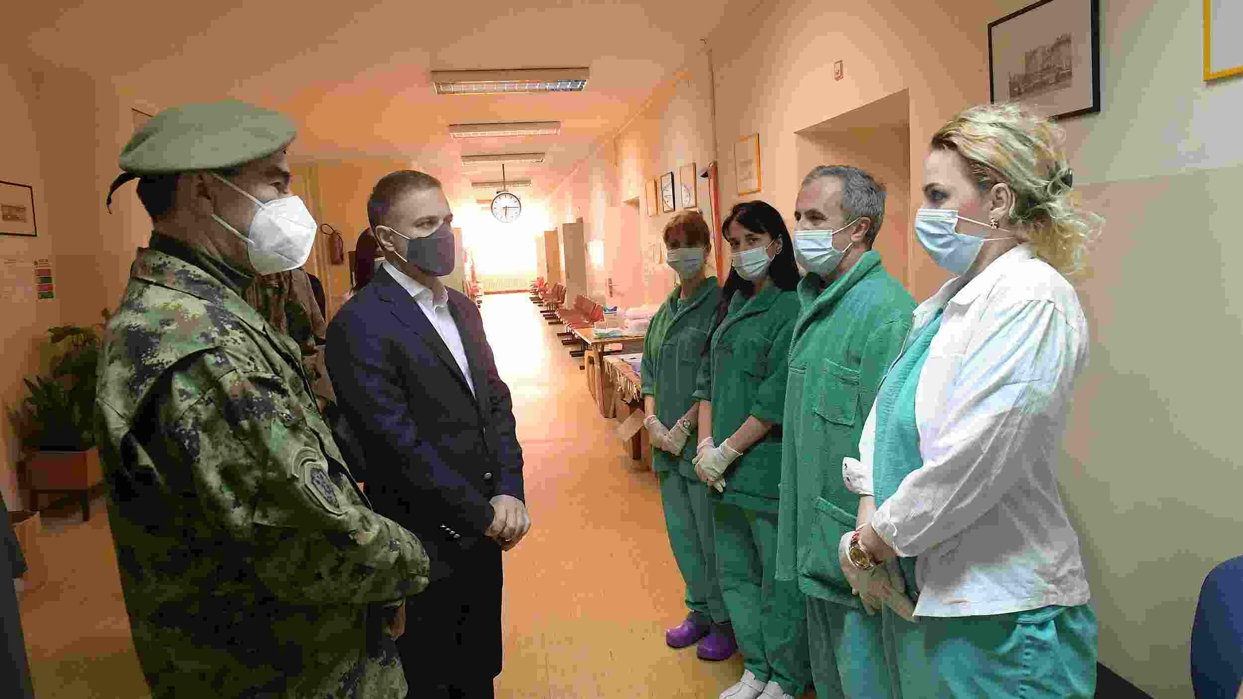Stefanović: Kroz vojno zdravstvo u kovid sistemu prošlo do sada više od 5.000 ljudi 1