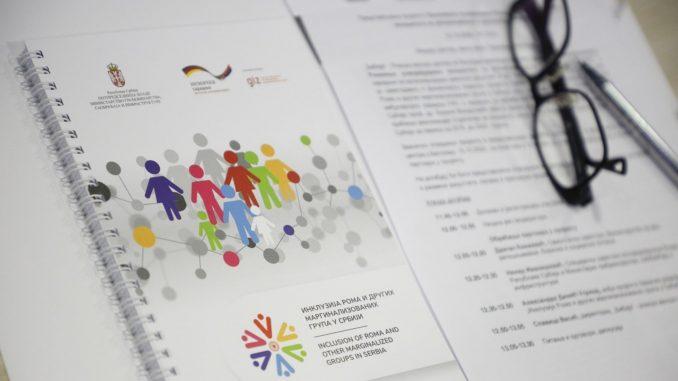 Panel: Diskriminacija Roma u Srbiji u istoj meri kao u EU 3