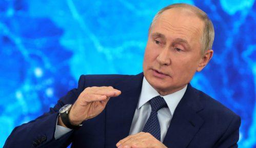 Putin će se vakcinisati do kraja dana, daleko od kamera 14