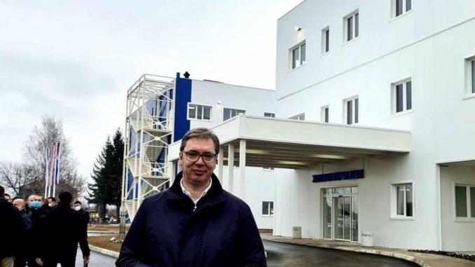 Vučić: Prvo će biti vakcinisani stariji od 75 u domovima 3