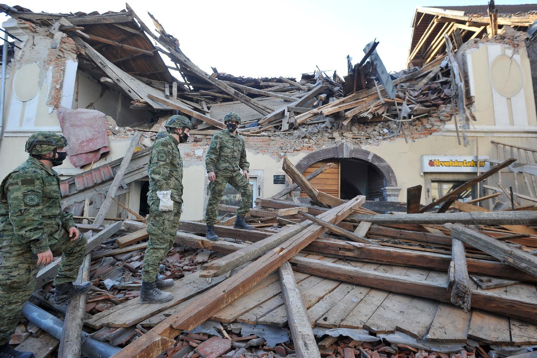 U Hrvatskoj Dan žalosti zbog žrtava zemljotresa 1