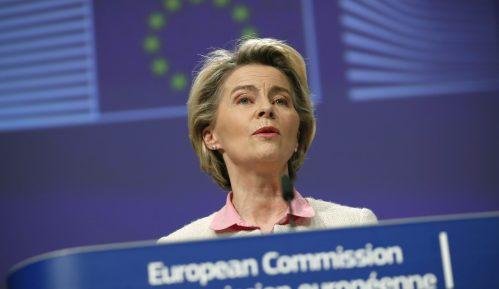 Fon der Lajen: U EU po 100 miliona doza antikovid vakcina mesečno 1