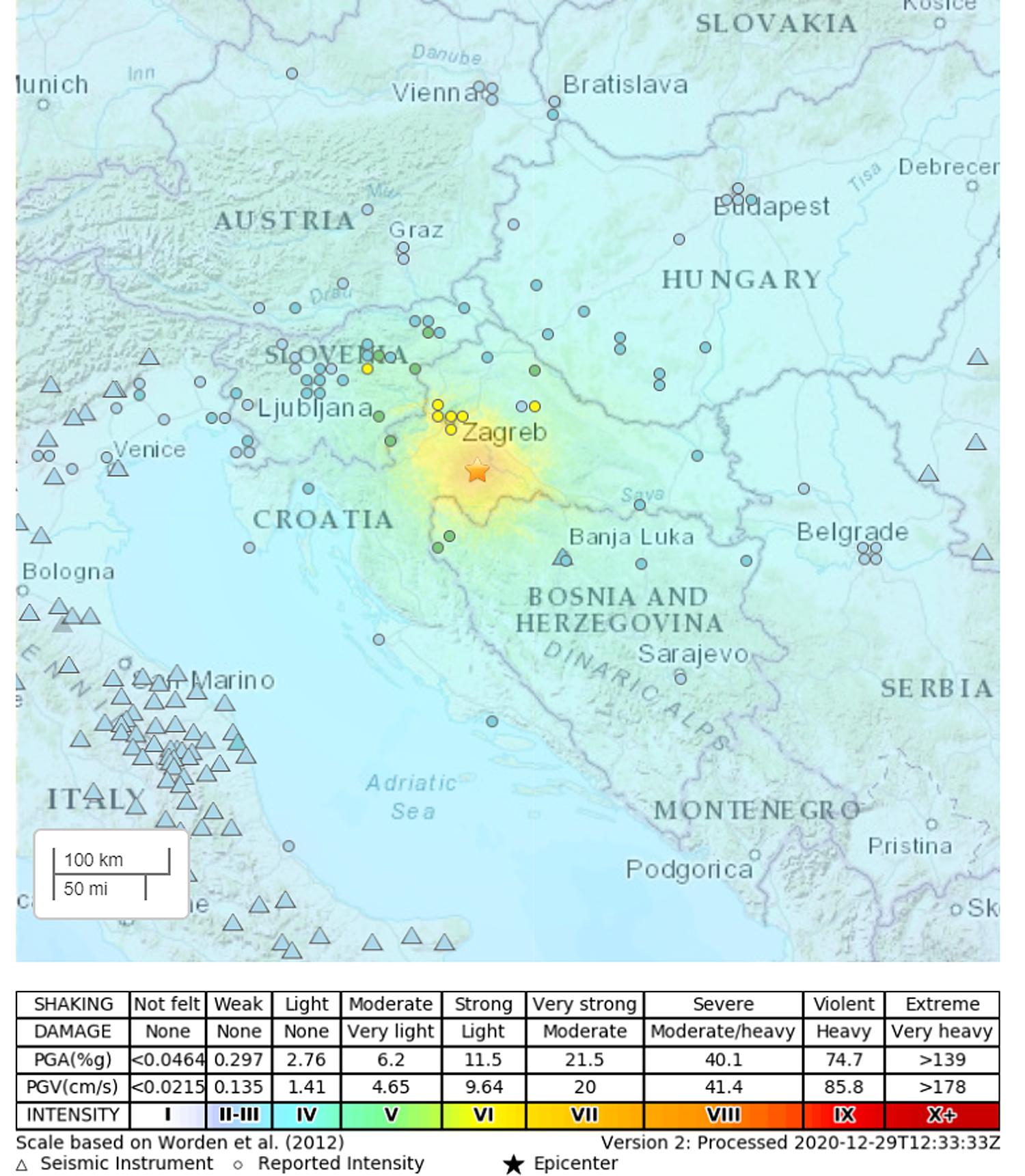 Snažan zemljotres u Hrvatskoj, ima žrtava, podrhtavanje se osetilo i u Srbiji (VIDEO) 20