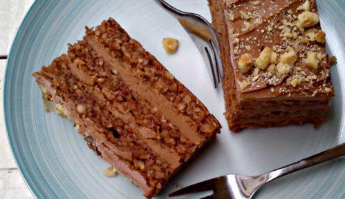 Recept nedelje: Torta sa lešnicima 15