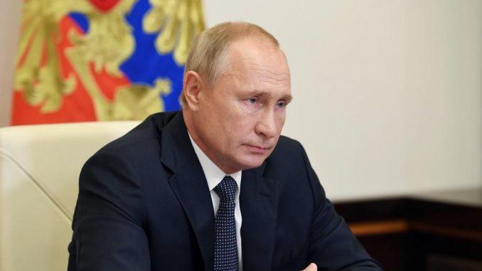 Putin predlaže da sledeće nedelje počne vakcinacija 1