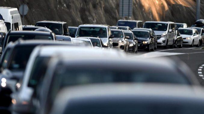 AMSS upozorava na pojačan saobraćaj krajem dana 5