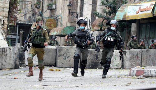 Hiljade Izraelaca demonstrirale protiv Netanjahua usred restrikcija zbog pandemije 21