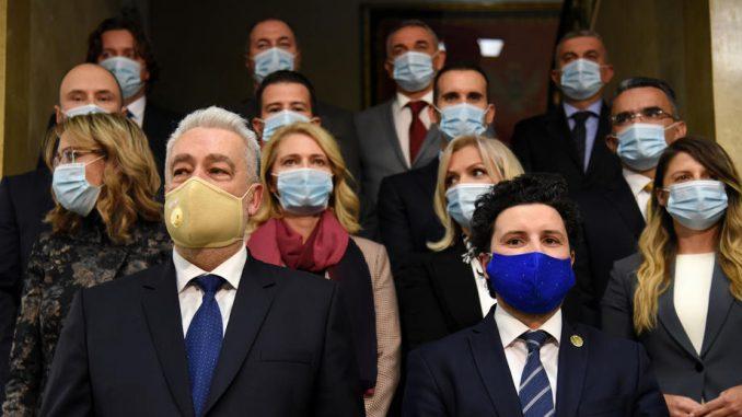 Ministarstvo optužilo Đukanovića da opstruira rad vlade, savetnica negira 3