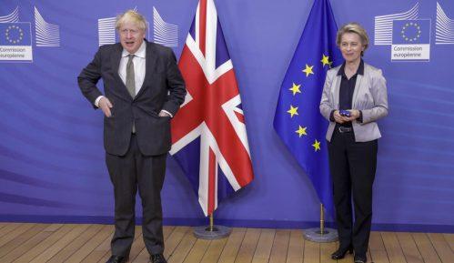 Velika Britanija i EU postigle privremeni dogovor 6
