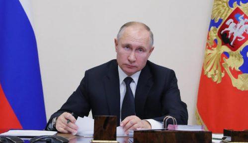 Putin pozvao građane na jedinstvo 9