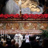 Papa Franja održao božićnu misu pred manje od 100 vernika 10