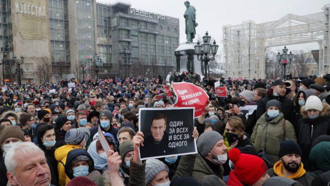 Protesti u Moskvi liče na julske protiv Vučića 4