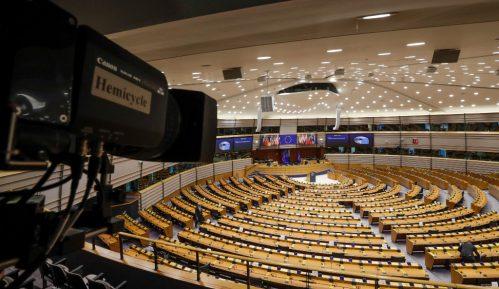 EP: Srbija da se više usklađuje sa sankcijama koje uvodi EU 15