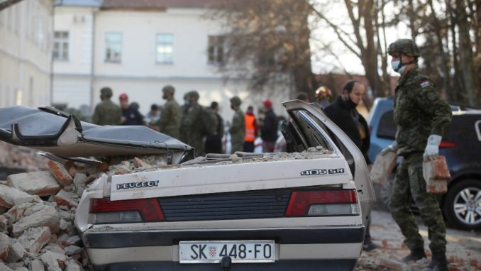 Reporterka Danasa u Petrinji: Jedino dobro koje je katastrofa donela su - zagrljaji 1