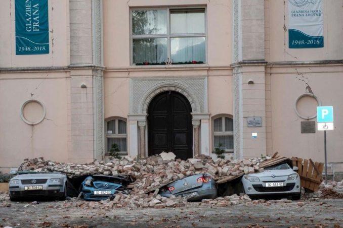 Hrvatska i zemljotres: Tlo se i dalje trese, ali životinje i domaćinstva ne napuštaju oni koji od njih žive 3