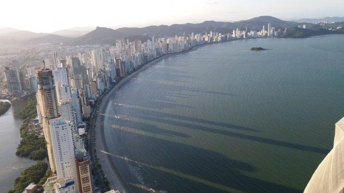 """Brazil i urbanizam: Ovoj plaži su neboderi """"oteli"""" sunce – ali ona želi da ga povrati 3"""