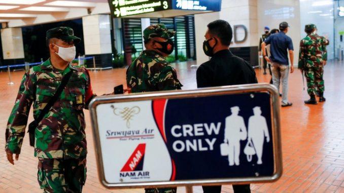 Indonezija, avionske nesreće: Strahuje se da se avion sa više od 50 putnika srušio 3