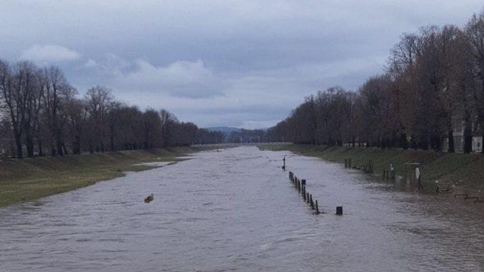 Srbija i poplave: Vanredna situacija u više gradova i opština, očekuje se porast vodostaja na Limu 6