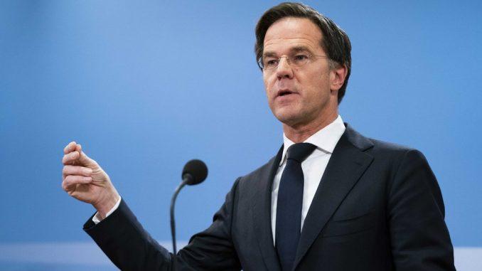 Holandija: Vlada Marka Rutea podnela ostavku zbog skandala oko dečijeg dodatka 5