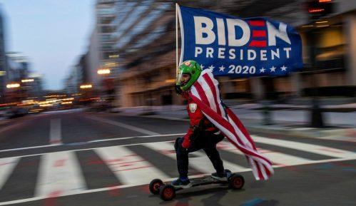 U fotografijama: Amerika na dan inauguracije Bajdena i odlaska Trampa 7