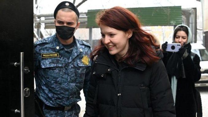Rusija i opozicija: Hapšenja saradnika Navaljnog, društvene mreže bruje od poziva na protest 5