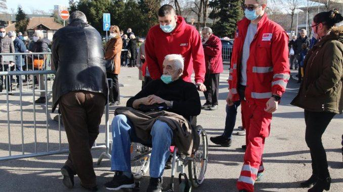 Korona virus: U Srbiji više od 2.000 novih slučajeva, na vakcinaciju samo uz poziv, u Evropi bitka za nabavku vakcina 5