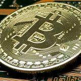 Bitkoin nastavio pad, izgubio do 30 odsto vrednosti 10
