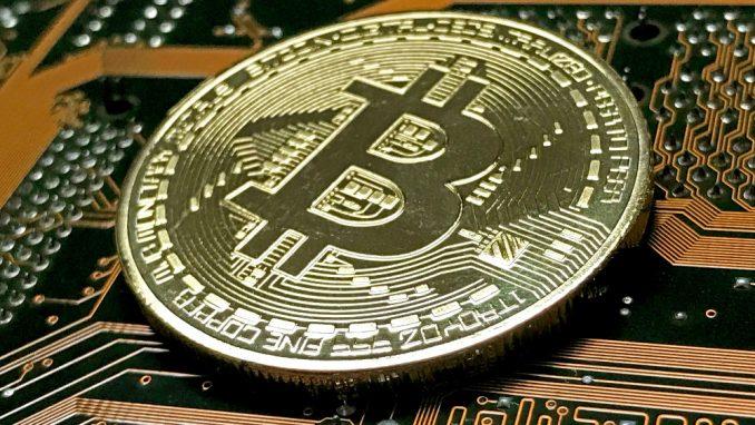 Šta je doprinelo rastu vrednosti bitkoina na preko 40.000 dolara? 8