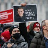 Evropska unija Rusiji preti novim sankcijama 15