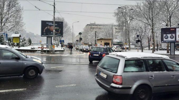 AMSS: Sneg i mokri kolovozi na putevima u Srbiji 5
