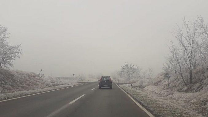 AMSS: Vozači da prilagode brzinu zbog poledice na putevima tokom ledenih dana 1