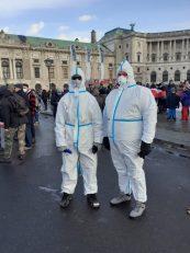 """Beč: Protestna šetnja protiv """"korona diktature"""" (FOTO) 11"""