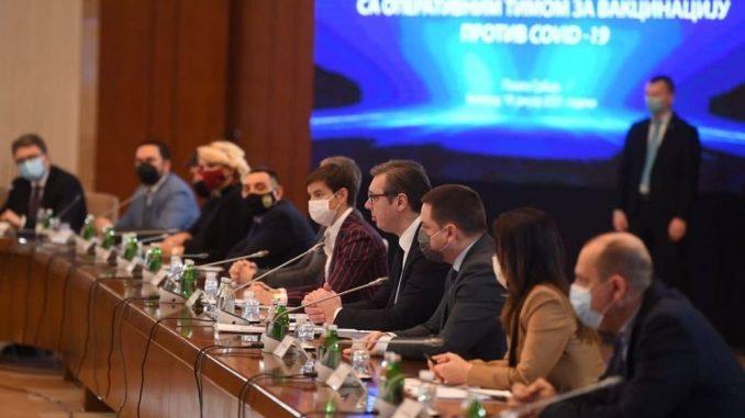 Vučić: Srbija dobija još 250.000 doza Sputnjik V vakcine 1