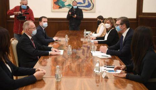 Vučić razgovarao s novim šefom Misije OEBS-a Bratuom 4