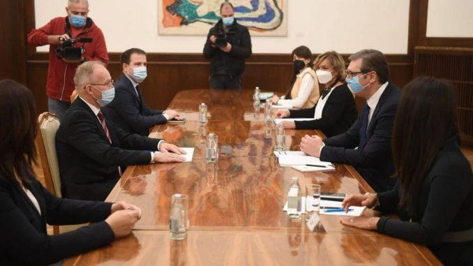 Vučić razgovarao s novim šefom Misije OEBS-a Bratuom 5