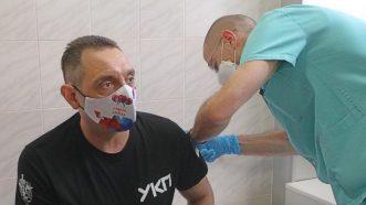Dačić, Vulin i Đerlek primili rusku vakcinu Sputnjik V 3