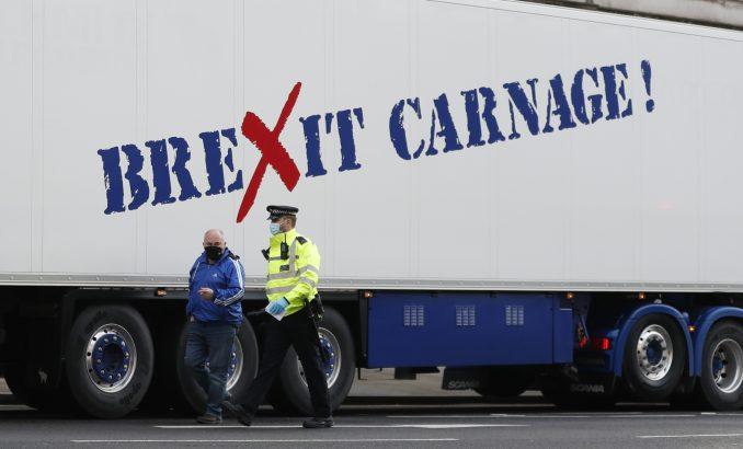"Britanski prevoznici morskih plodova na protestu poručili da je ""Bregzit krvoproliće"" 3"