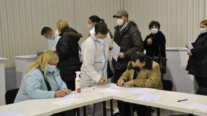 U poslednjih šest dana na vakcinaciju pozvano 40.000 starijih 5