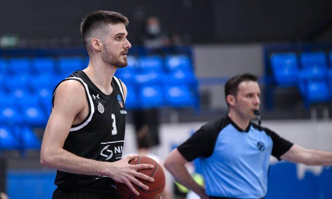 Košarkaši Partizana izgubili od Budućnosti 3