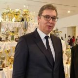 Radnički uručio priznanja Dušanu Ivkoviću i Aleksandru Vučiću 5