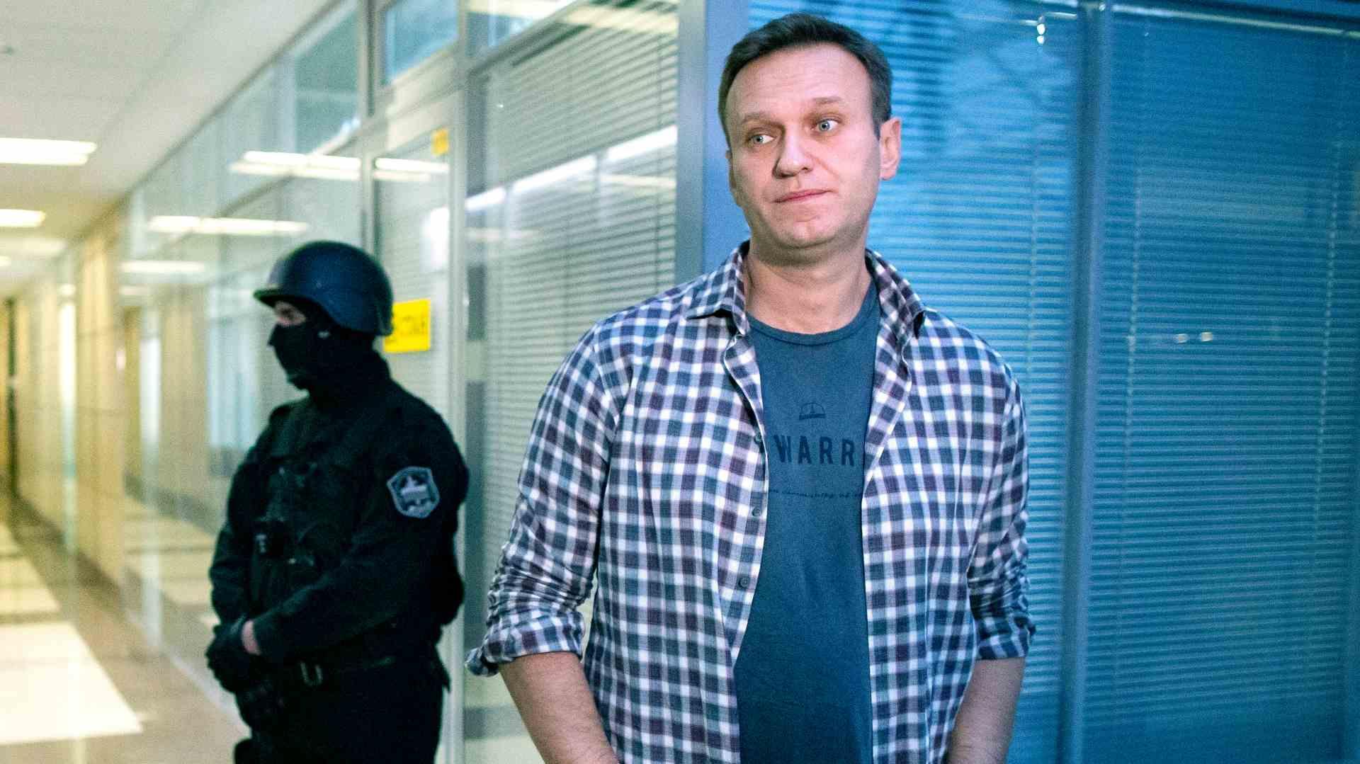 Alekseju Navaljnom preti zatvor ako se vrati u Rusiju 1