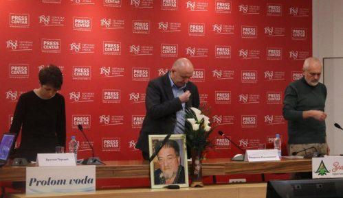 Održana komemoracija Miloradu Doderoviću 9