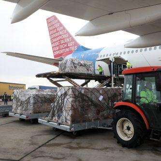 Brnabić: Bahrein donirao 67,5 tona medicinske pomoći zahvaljujući Vućiću 3