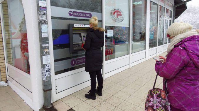 Vasić: Ne treba očekivati negativne kamatne stope na štedne depozite u bankama u Srbiji 3