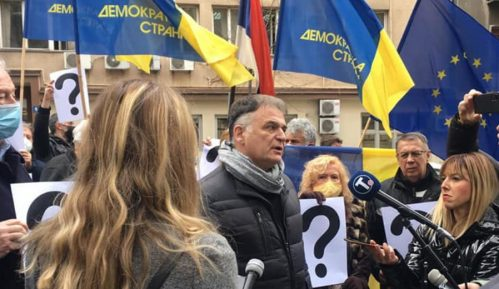Protest demokrata ispred Ministarstva državne uprave i lokalne samouprave (FOTO/VIDEO) 14